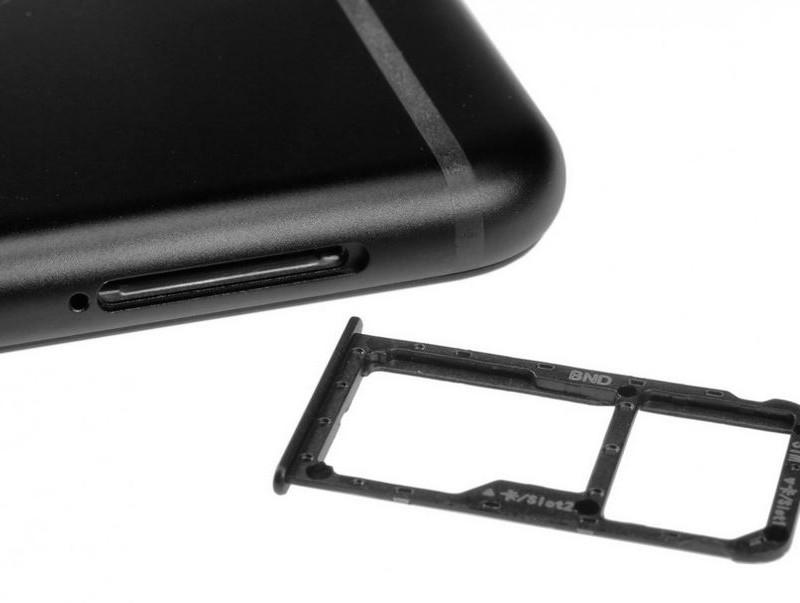 7009043b64855 سعر و مواصفات Honor 7X - مميزات وعيوب هونر 7x - موبيزل