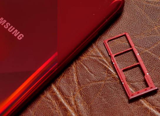 Samsung Galaxy A70s | Review | NEW AGE  Samsung-Galaxy-A70s-Sim