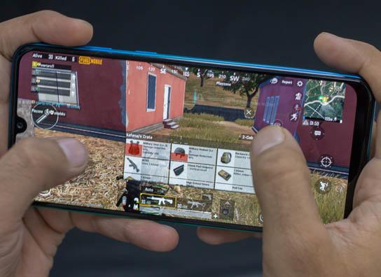 •• أفضل 5 هواتف جديدة من شركة Samsung | العصر الجديد ~ Samsung-Galaxy-M30s-PUBG